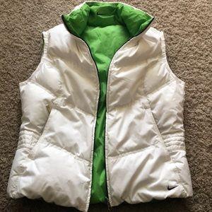 Nike women's reversible down vest size medium